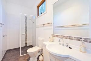 Otways accommodation 6 Station St Forrest 6